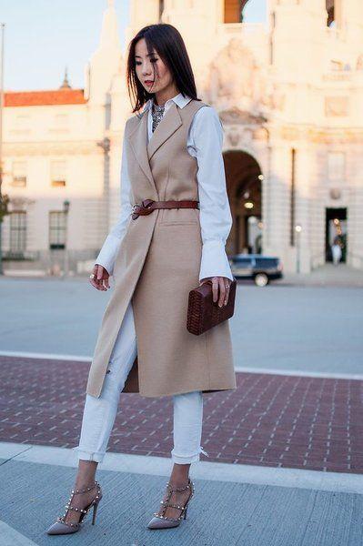 Пальто без руковов маст-хев осени. Носим правильно. | советы стилиста | Яндекс Дзен