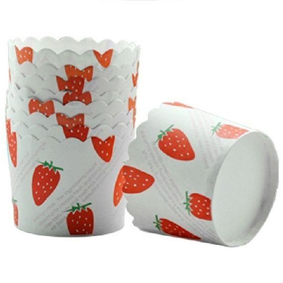 Capsulas para cupcakes con fresas(x25 unidades) / Capsules for cupcakes with strawberries (x25 units)