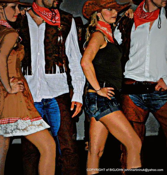 LAITH SAMI SALSA DANCE GROUP