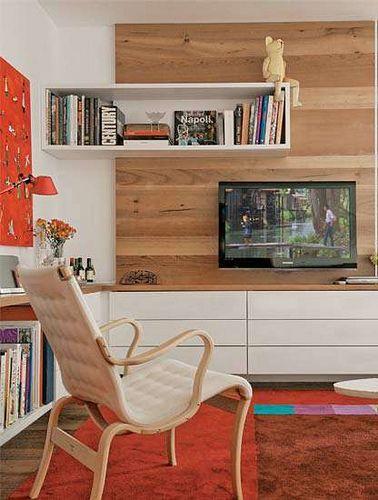 Painel com nicho deslocado, sala de TV.