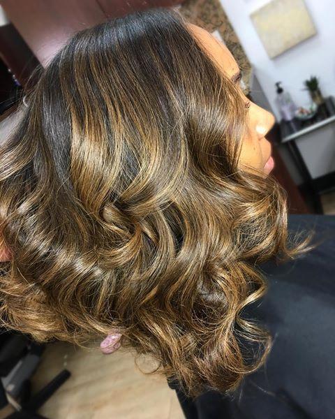 Pin do(a) Lauren Cary em Hair on fleek de 2019 | Pinterest | Cabelo cacheado, Cabelo Curto e Cabelo