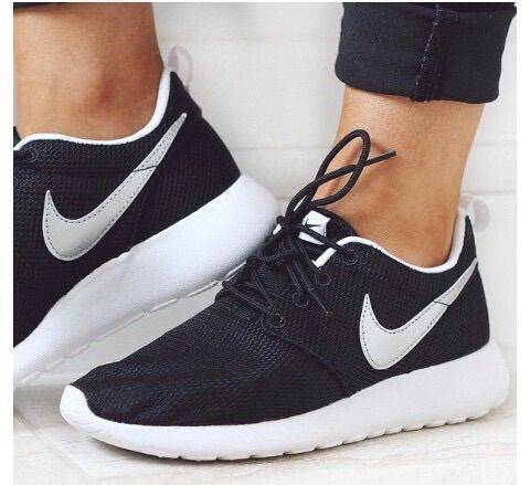 nike roshe runs | best foot forward | Pinterest | Running shoes ...