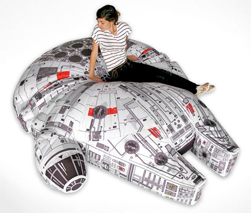 Idea for Star Wars floor cushion for Little Prince's tent (probably quite a bit smaller lol) :-)