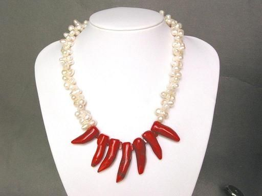 XaXe.com - Necklace FW White Twin Pearls Chilipepper Coral