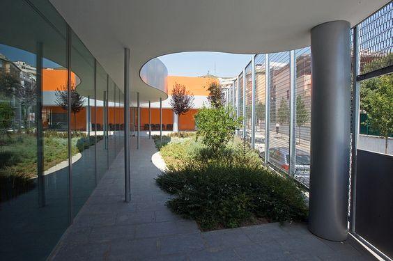 SANTA COLOMA DE GRAMENET Biblioteca Singuerlín-Salvador Cabré