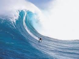 JoanMira - 1 - World : Surf - Onda recorde na Nazaré, Portugal