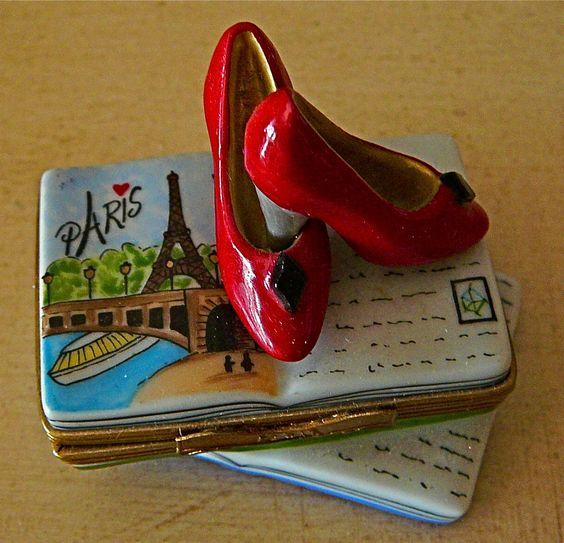 Limoges box:  photo: Jan Dolphin