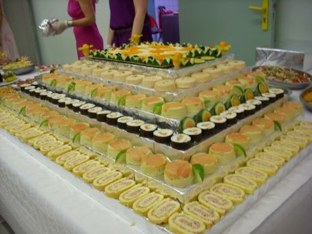 Buffet de f te mariage and buffets de mariage on pinterest - Idee buffet jour de l an ...