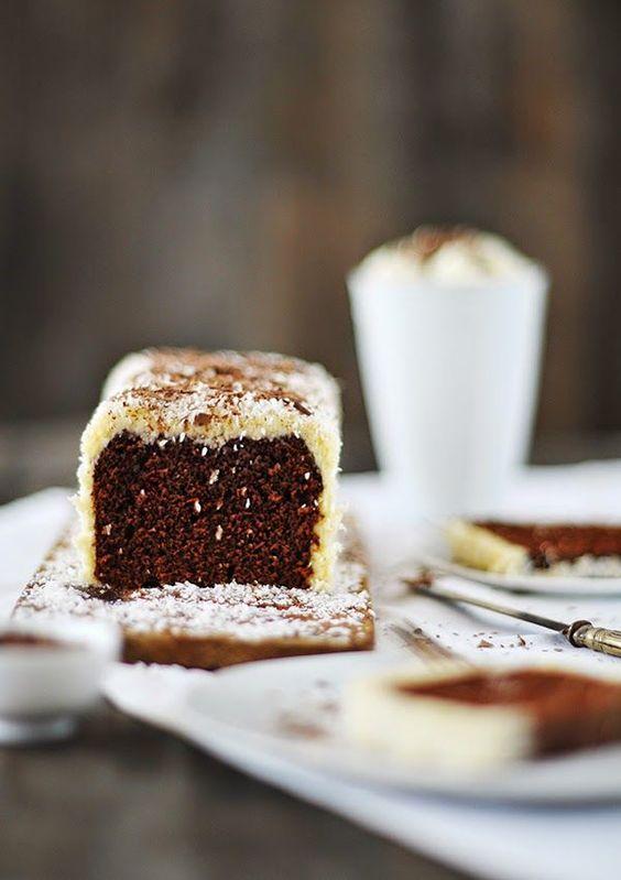 Glückliche Gewinner {Schoko-Rum-Kuchen mit Kokosraspeln} | fräulein glücklich | Bloglovin'