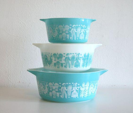 Pyrex Amish Nesting Bowls