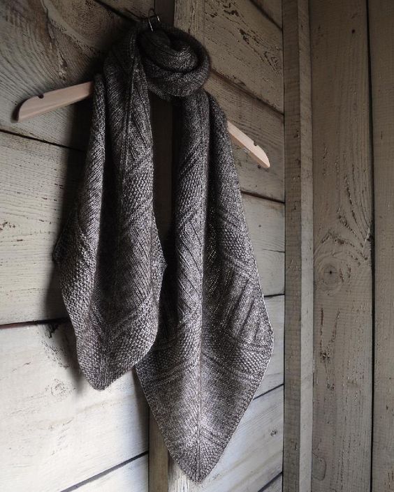 Architexture is a rectangular scarf with pointed ends. Fully reversible, it is a collection of textures that enhance one another - find the knitting pattern on LoveKnitting!