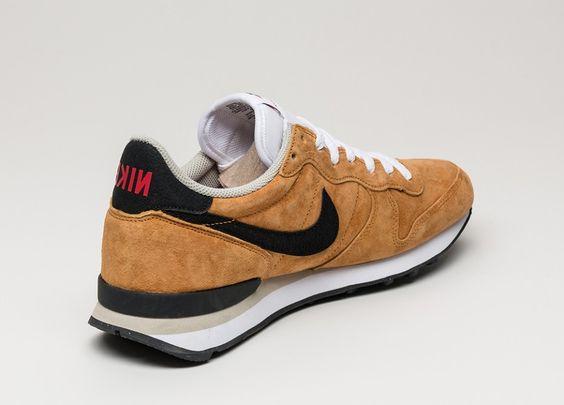 Nike Internationalist Leather (Bronze / Black - Beige Chalk - White)   Nike  internationalist, Beige and Leather