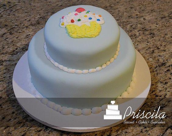 Bolo infantil Tema Cupcakes.