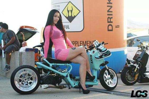 Lauren Murata and LOS Garage Honda Ruckus