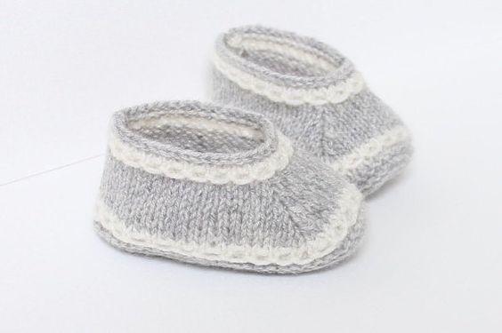 Chaussons bébé / Explications tricot en Anglais / PDF Téléchargement instantané / 3 Tailles : Naissance - 3 mois et 6 mois.