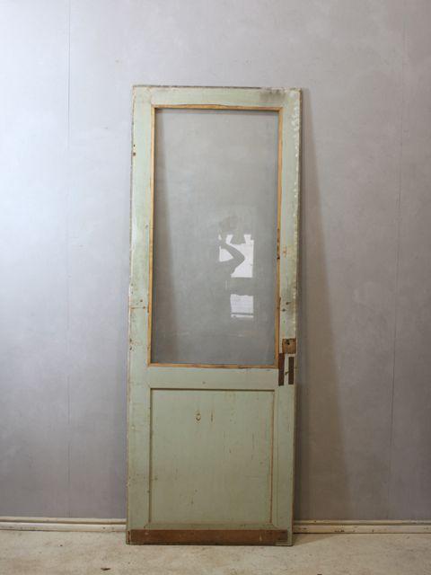 アンティークステンドグラス・アンティークドア・アンティーク家具の輸入・販売・加工/ウェリントンのページ
