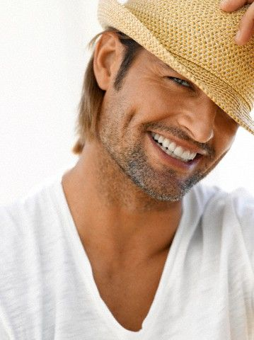 Josh Holloway just looks like he'd be fun to hang out with.