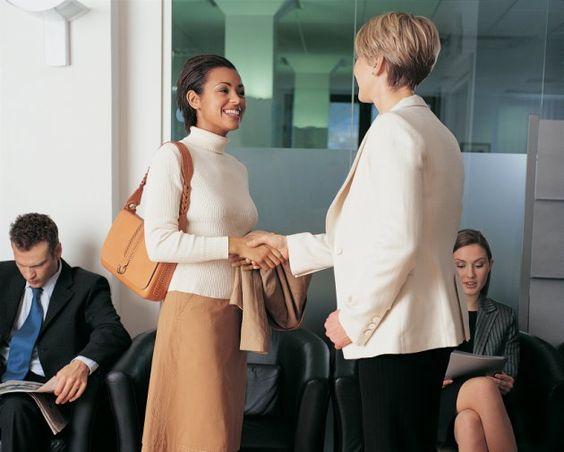 La palabra que debes evitar cuando empiezas en un trabajo nuevo