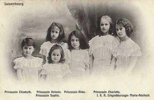 Erb-Großherzogin Adelheid von Luxemburg mit ihren Schwestern, | Flickr - Photo Sharing!