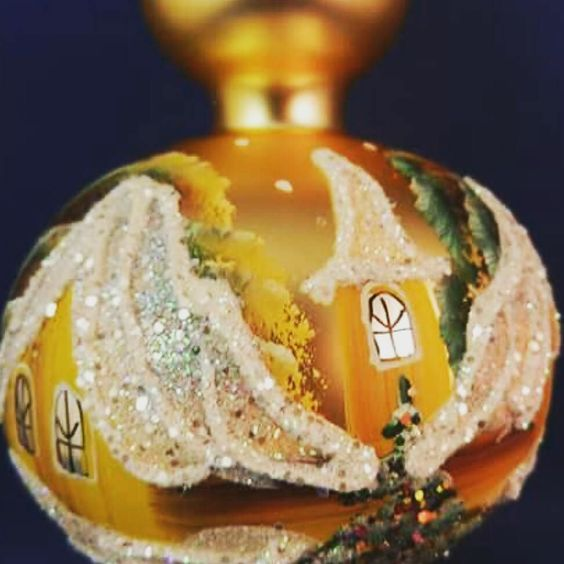 Hand painted detail on a glass tree topper. http://ift.tt/1Llt8XF  #glassornaments #vintagetreasures #christmasornament #polishornaments #oldworldchristmas #frenchcountry #vintagechic #treetopper