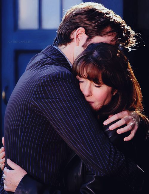 I cannot put into words how much  I love this image, because it's the Doctor and his Sarah Jane.