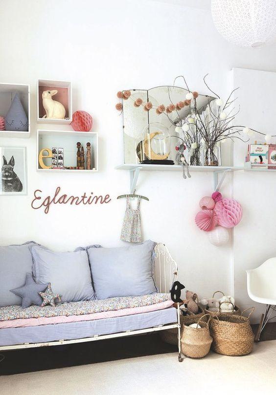lesprit campagne rgne dans cette chambre de petite fille pleine de douceur plus - Chambre Vintage Petite Fille