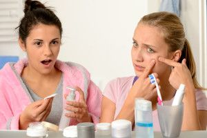 Best Natural At Home Remedies For Acne And Pimples | Acne Treatments