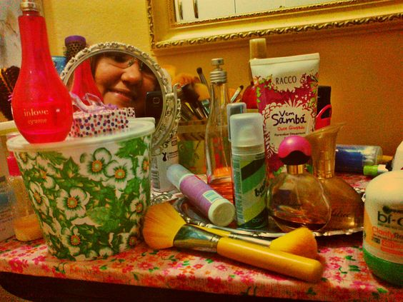 Flaviland  : ♥ Dica para limpar seus pincéis de maquiagem ♥ How to clean your makeup brushes ♥ cómo limpiar sus pinceles de maquillaje ♥