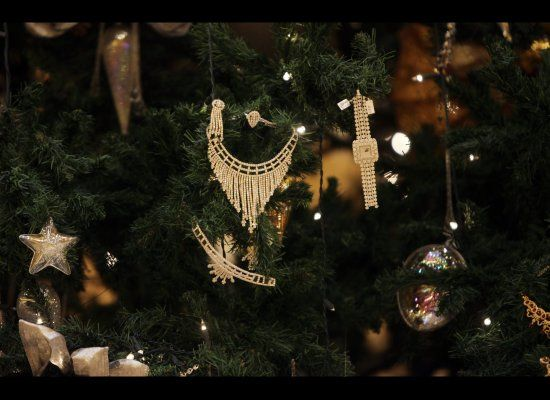 Jewellery decorates an 11-million-dollar Christmas tree at the Emirates Palace hotel in the Emirati capital Abu Dhabi.