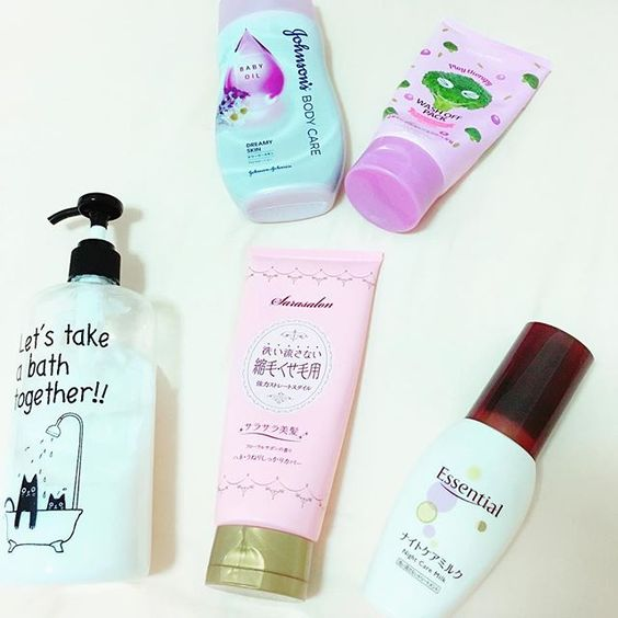 2016/11/08 18:16:28 annnna0309 よく使うもの。。 #美容#ヘアケア#トリートメント#lux#縮毛#パック#フェイスパック#韓国#ヘアミルク#おすすめ#綺麗#大好き#プチプラ#ボディケア#クリーム#薬局#日本#japan#beauty #haircare #bodycream #milk#facepack #love #cosmetics #shampoo  #美容