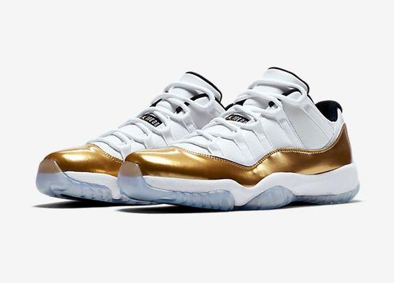 Nike Air Jordan Retro 11 Low pas cher prix Baskets Homme Nike 170,00 €