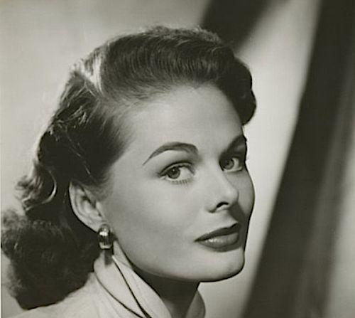 dee hartford actress