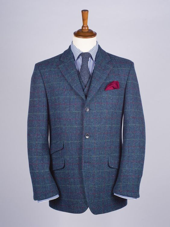 Harris Tweed Jacket in Marine Blue - Only 100% wool tweed fabric, hand woven on Lewis, Harris, Uist and Barra can bear the name Harris Tweed and this jacekt in marine bears it with pride. Also available in Burdock, Lichen and Mist.