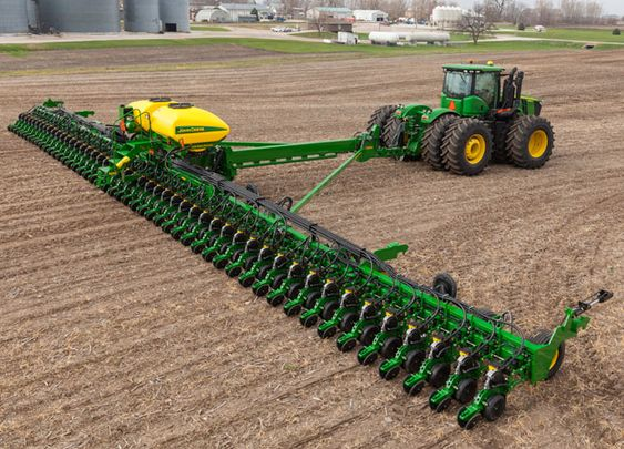 This is a beautiful site and I cannot wait until I see it again this Spring. #JohnDeere