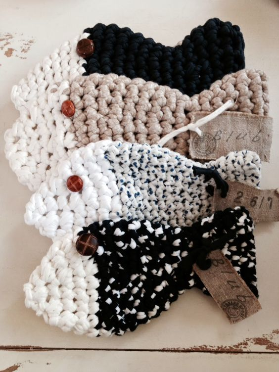 Free Crochet Pattern For A Fish : Free crochet, Crochet patterns and Fish on Pinterest