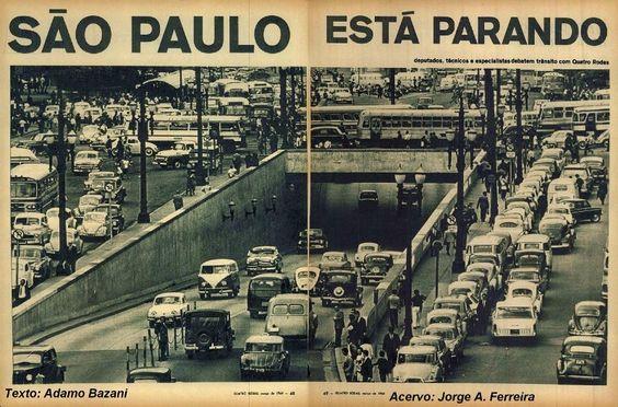 Matéria da Revista Quatro Rodas, de 1964, relatava problemas gerados pelo trânsito e o crescimento desenfreado no número de carros. Acervo: Jorge Ferreira, Pesquisa: Adamo Bazani. http://onibusbrasil.com/blog/2010/09/22/experimente-usar-onibus-nao-e-tao-ruim-assim/