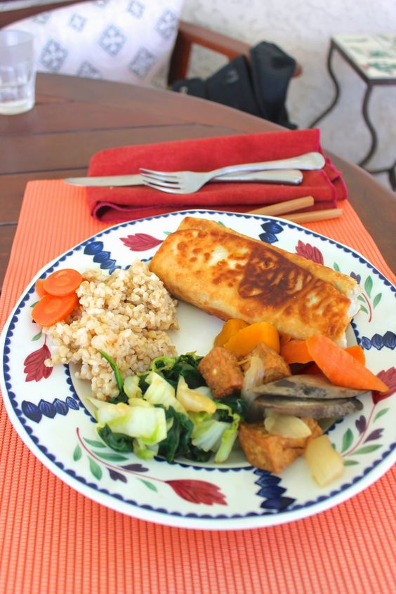 Vegetable salad, Brown rice and Burritos on Pinterest