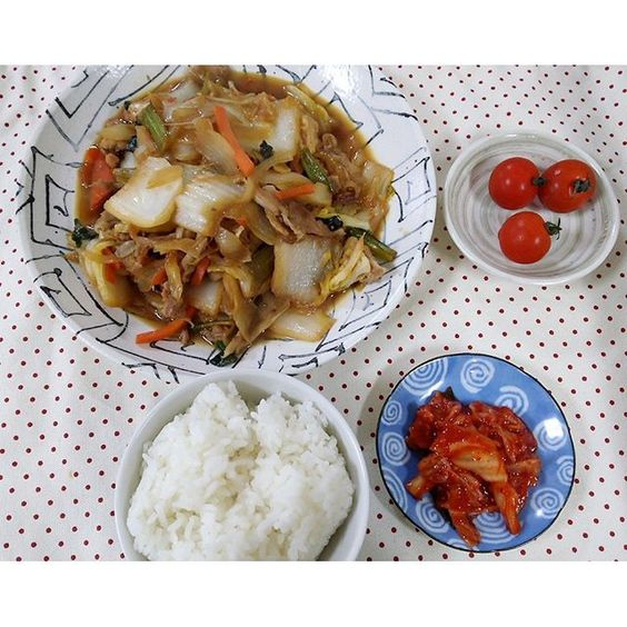 daidainet遅めの朝食。 すき焼き風煮物 #朝ごはん #おうちごはん #ごちそうさまでした #happy #food #instapic #homecooking #instafood #japanesefood #homechef #일본가정식