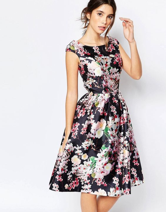 Chi+Chi+London+Allover+Floral+Midi+Dress+With+Keyhole+Back+Detail
