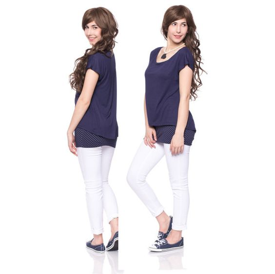 Viva la Mama | The double-layered shirt BLANCA in navy for pregnancy and maternity with breastfeeding opening is ideal for mommys with a casual-chic style and makes discreet nursing everywhere possible. Your it-piece for summertime in your maternity fashion wardrobe :)