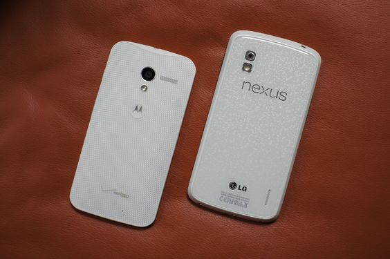 Moto X and the LG Nexus 4 on some leather. | Geek Tech | Pinterest ...