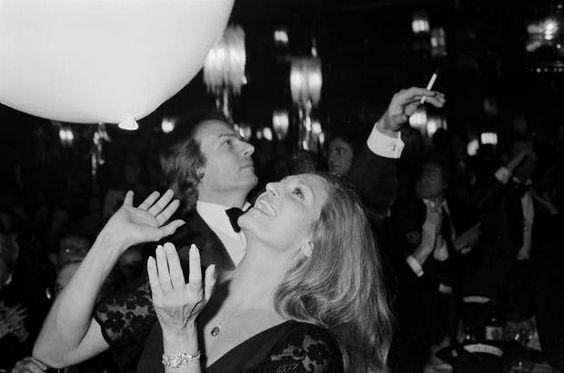 Dali et son petit ami 1977 Richard Chanfray dit le Comte de Saint-Germain.