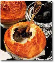 soupe aux truffes noires vive la recette de paul bocuse recipes entr es main. Black Bedroom Furniture Sets. Home Design Ideas