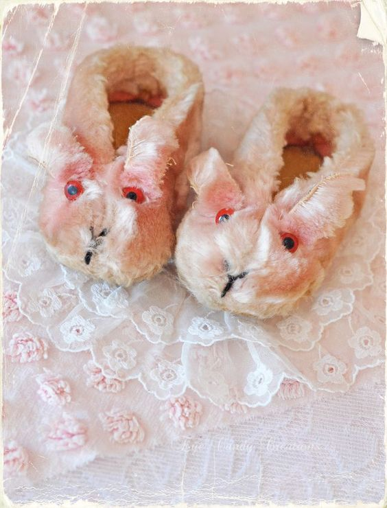 Bunnyslippers-1