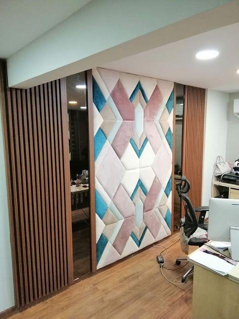 قماش تنجيد قماش تنجيد حوائط تنجيد غرف نوم تنجيد الحائط غرف تنجيد تنجيد الجدران تنجيد الحوائط تنج Ceiling Design Living Room Living Room Designs Living Design