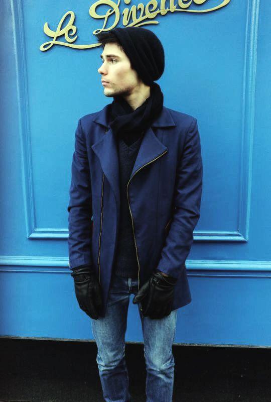 Antoine    w/     bespoke rainproof canvas zip jacket.