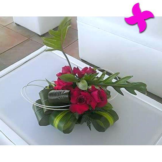 Los detalles son importantes y los centros de mesa deben llevar el estilo de tu evento al máximo! #FloreríaMiztli