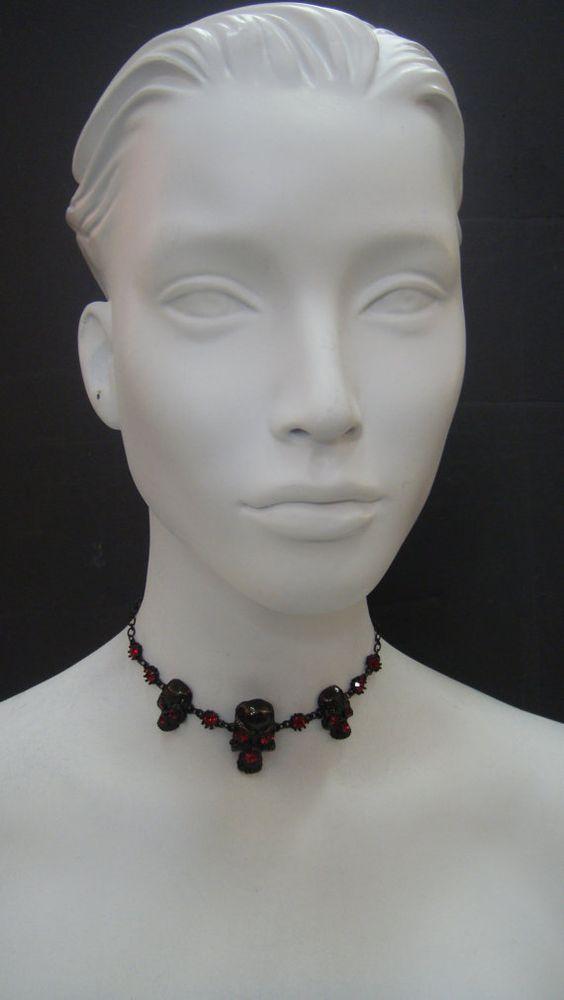 Three Skull Choker Necklace 3888CH