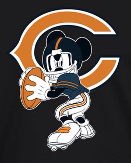 Who would've thought that Mickey Mouse is a Bears fan. Good choice!