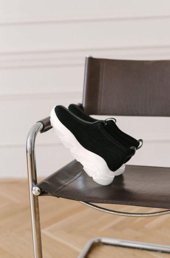 Sportowe Buty Idealne Do Miasta Sport Shorts Sports Shoes